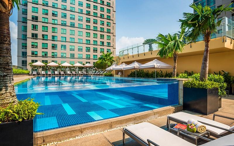 Thương thức trái cây miễn phí trong một tuần lễ tại các khách sạn 5 sao ở TP.HCM
