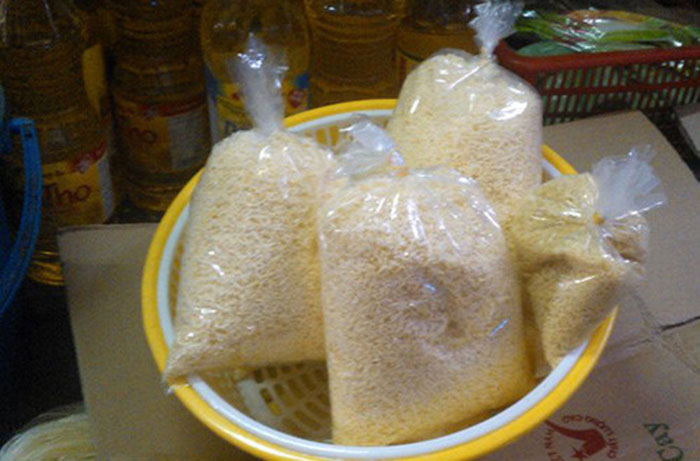 Tẩy chay nhà hàng, quán ăn dùng hạt nêm