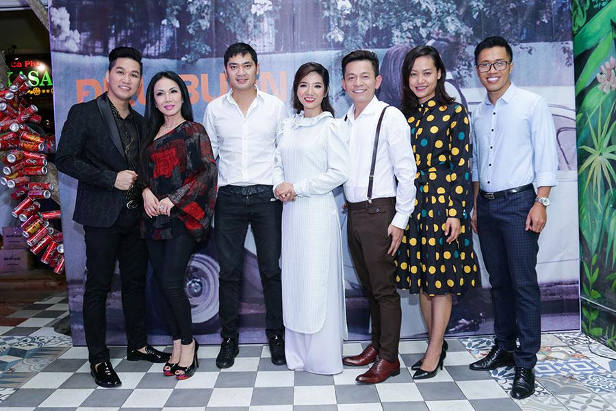 """Tuấn Tú Bolero chi gần 400 triệu để thực hiện MV """" Điệu Buồn Đêm Trăng"""""""