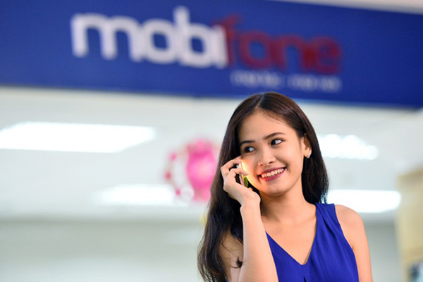 Từ ngày 01.05, giá cước điện thoại giữa các mạng giảm 20%