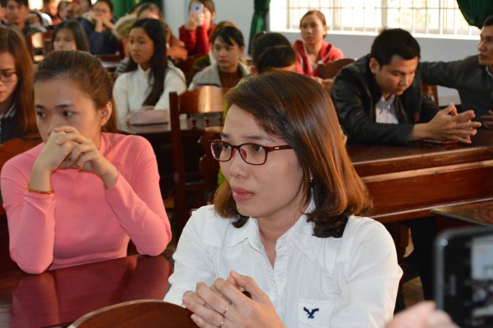 Đắk Lắk : Tạm dừng chấm dứt hợp đồng với 200 giáo viên ở huyện Krông Pắc