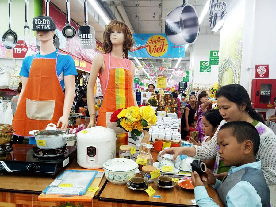 """Hệ thống siêu thị Big C giảm giá sâu đến 50% hơn 1.500 sản phẩm trong chương trình """"Tuyệt vời ẩm thực Việt"""""""