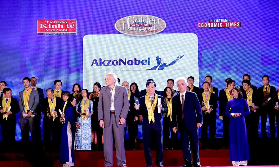 AkzoNobel vinh dự và tự hào trong 5 năm liên tiếp được nhận Giải thưởng Rồng Vàng