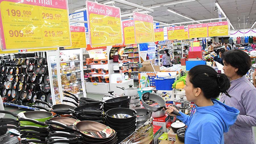 Mừng Đại lễ 30.4 & 1.5, Co.opmart giảm giá mạnh hàng ngàn mặt hàng thực phẩm và đồ dùng