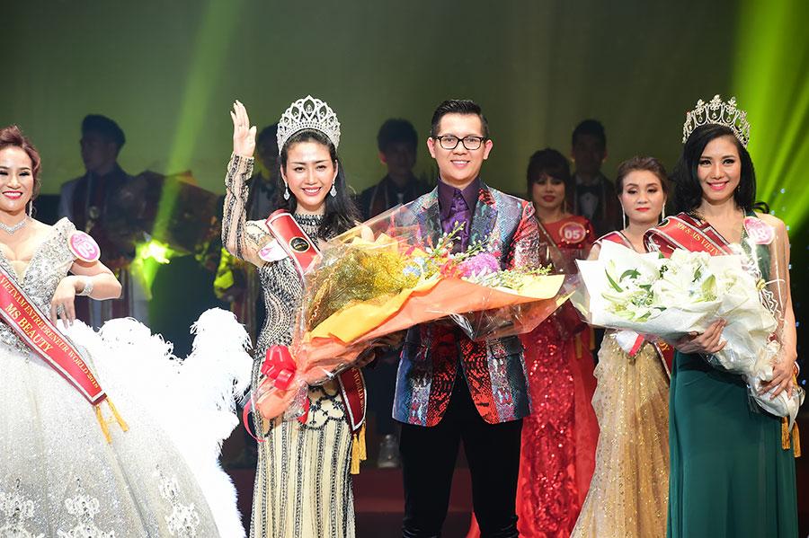 NTK Võ Nhật Phượng đoạt giải Hoa hậu Doanh nhân Thái Bình Dương 2018