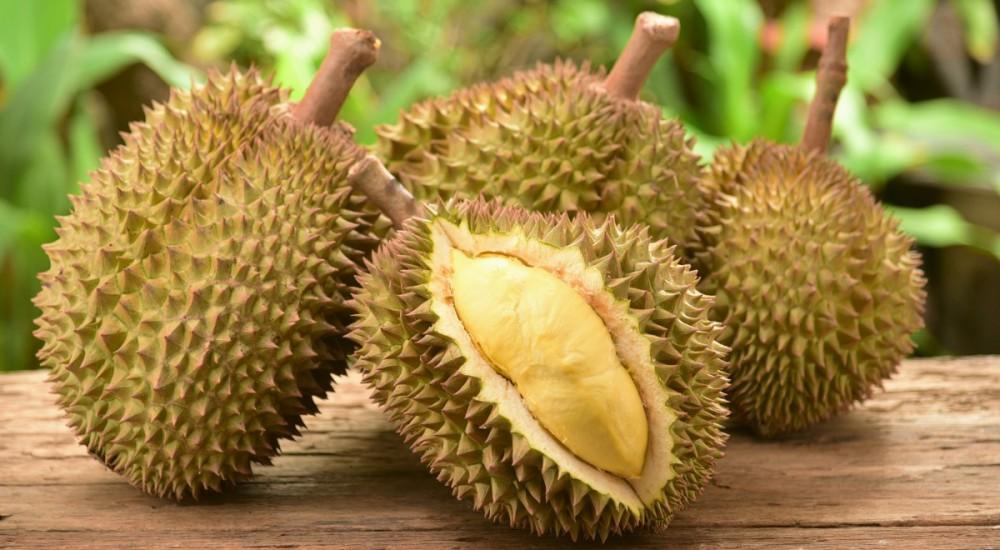 Những loại trái cây ăn nhiều dễ bị nổi mụn