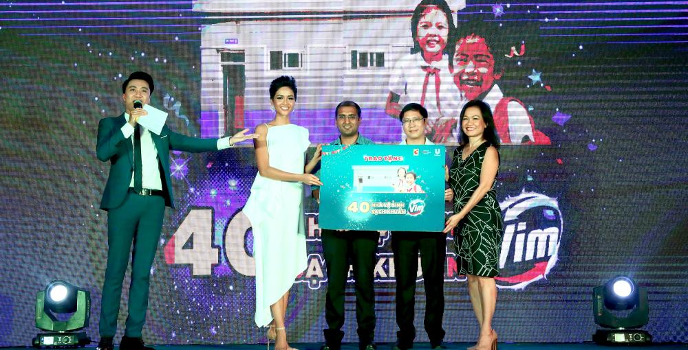 Big C & Central Group Việt Nam phối hợp cùng Unilever chung tay vì cộng đồng, cải thiện điều kiện vệ sinh học đường cho 20.000 học sinh nông thôn