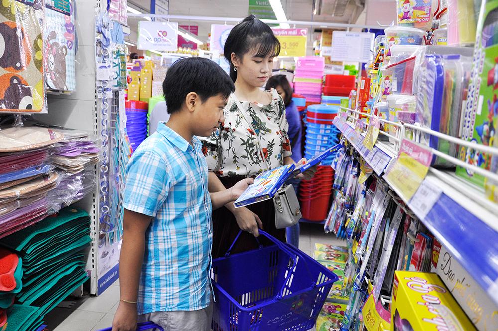 Co.opmart và Co.opXtra giảm giá 3.000 sản phẩm phục vụ năm học mới