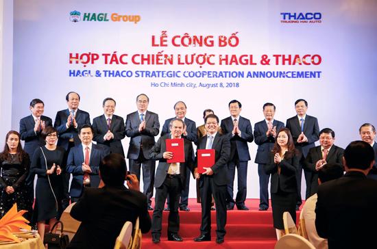 Công ty cổ phần Ô tô Trường Hải ký kết hợp tác chiến lược cùng Hoàng Anh Gia Lai