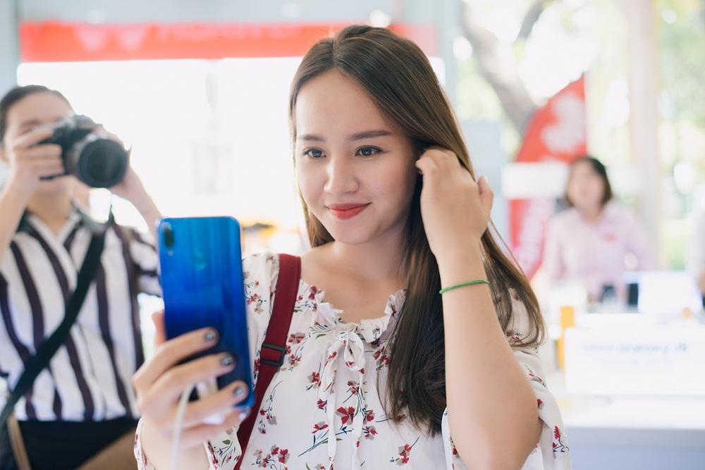 Huawei nắm giữ vị trí thứ 2 thị trường smartphone toàn cầu Quý II/2018
