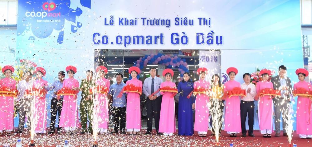 Khai trương siêu thị Co.opmart Gò Dầu, Tây Ninh