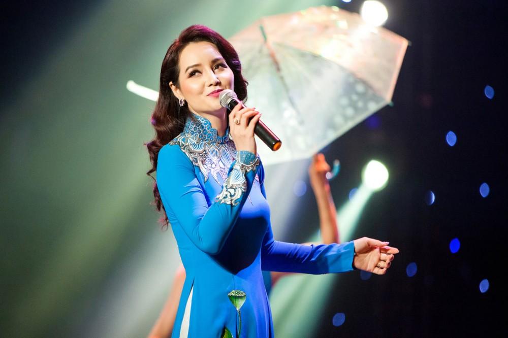 Mai Thu Huyền khoe vẻ đẹp rạng ngời trong đêm Gala tôn vinh Phụ nữ Quyền năng