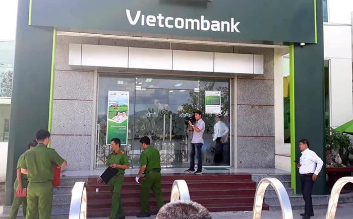 TP. HCM siết chặt an ninh tại các trụ sở ngân hàng phòng ngừa cướp