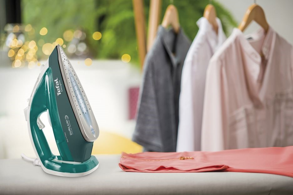 Tefal giới thiệu bàn ủi hơi nước thế hệ mới với công nghệ Durilium Airglide số 1 về độ trượt