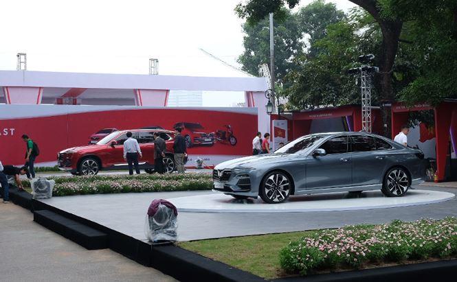 Những hình ảnh đầu tiên của các mẫu ôtô Vinfast lần đầu xuất hiện tại Hà Nội
