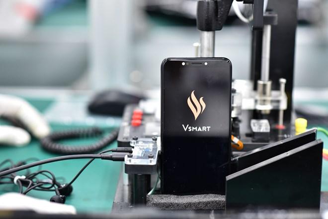 Vingroup ra mắt điện thoại thông minh thương hiêu Vsmart