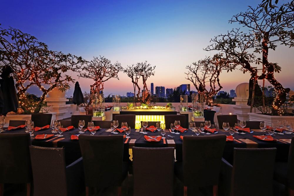 Tập đoàn Chloe Hospitality chính thức tiếp quản 2 dự án khách sạn TajmaSago & nhà hàng Cham Charm của Khaisilk