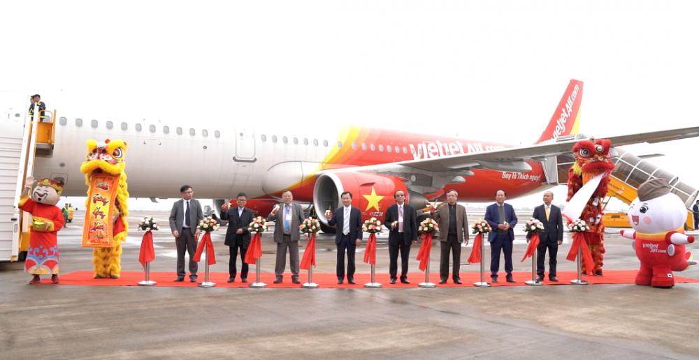 Vietjet khai trương đường bay TP.HCM – Vân Đồn (Quảng Ninh)