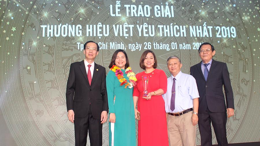 """Big C thuộc Central Group Việt Nam là """"Thương hiệu siêu thị được yêu thích nhất 2019"""""""