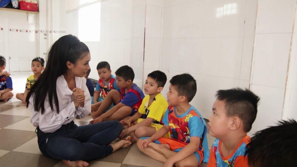 Tiêu Châu Như Quỳnh, Vĩnh Thuyên Kim và dàn nghệ sĩ Tinh Hoa Hội Tụ dành gần 240 triệu đồng làm điều thiện nguyện