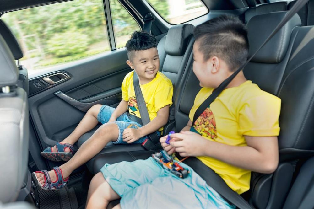 Từ 1/3, xử phạt người ngồi trên ô tô không thắt dây an toàn
