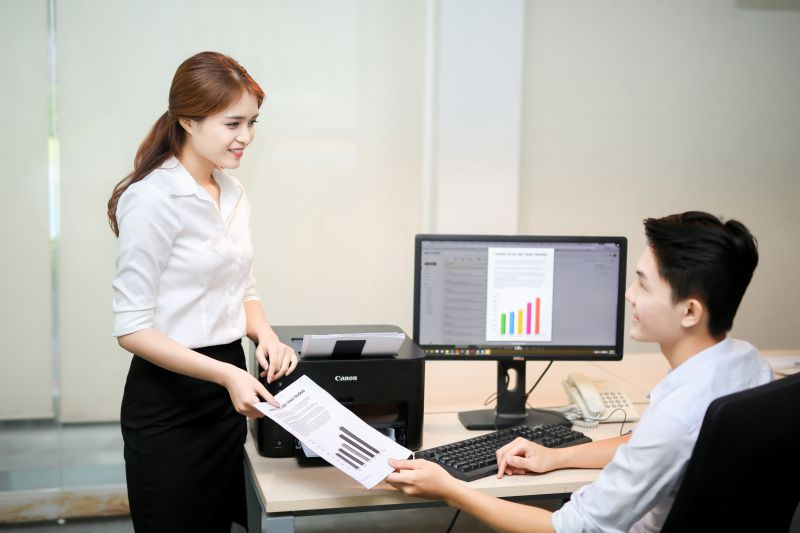 5 kỹ năng quý cô văn phòng cần có