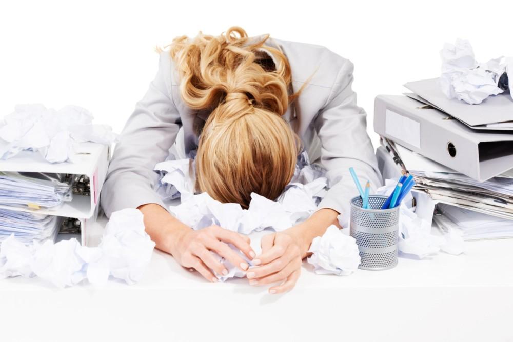 Suy nghĩ tiêu cực ảnh hưởng đến công việc thế nào?
