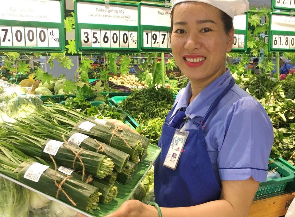 Thủ tướng Nguyễn Xuân Phúc biểu dương các siêu thị không dùng túi nilon đựng thực phẩm