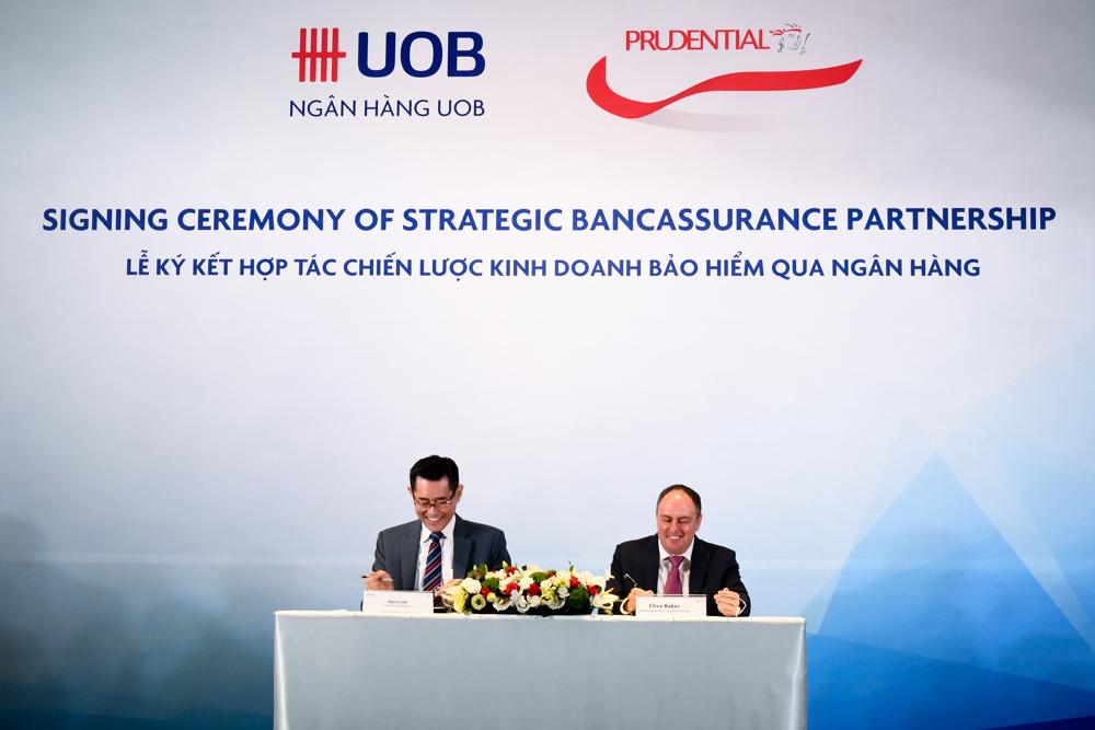 Prudential Việt Nam ký kết hợp tác chiến lược với ngân hàng UOB Việt Nam