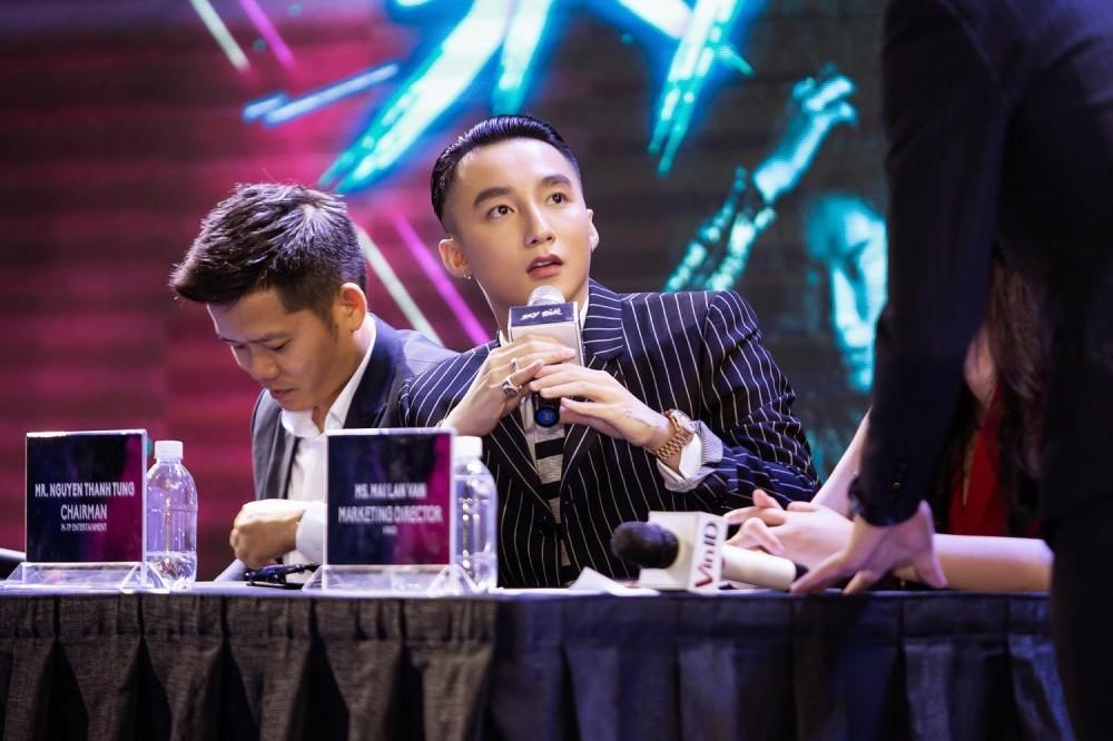 Sơn Tùng M-TP công bố dự án Sky tour diễn ra tại 3 thành phố lớn