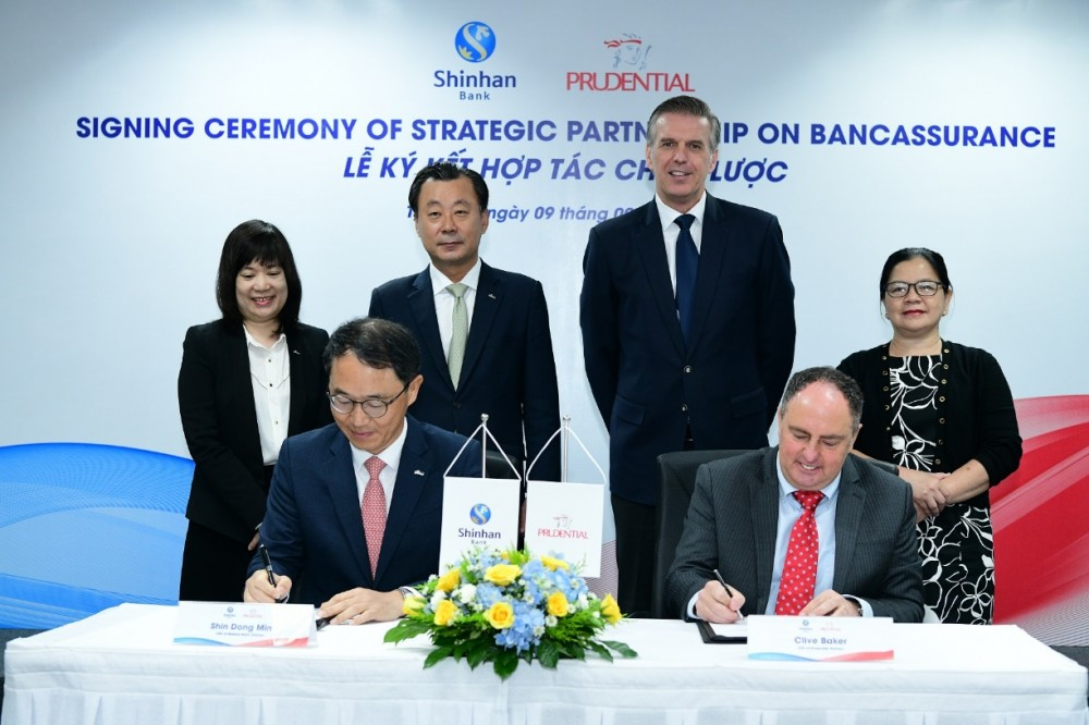 Ngân hàng Shinhan & Prudential Việt Nam ký kết hợp tác chiến lược