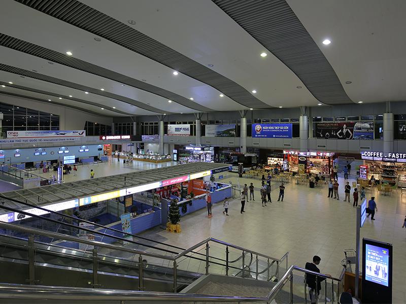 Từ 18 giờ ngày 10.11: Tạm ngừng khai thác sân bay Cam Ranh