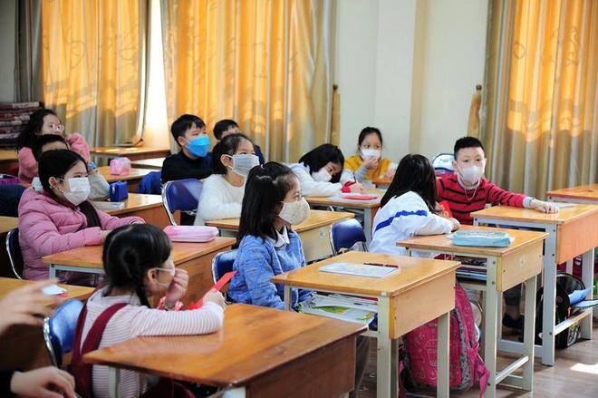 UBND TP.HCM sẽ tiếp tục kiến nghị cho học sinh, sinh viên nghỉ đến hết tháng 3