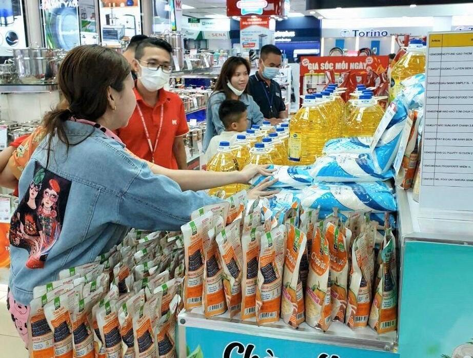 Nguyễn Kim mở bán các sản phẩm thiết yếu trong mùa dịch Covid-19