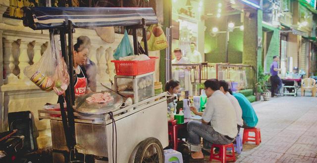 TP.HCM yêu cầu cơ sở kinh doanh ăn uống ngưng phục vụ tại chỗ