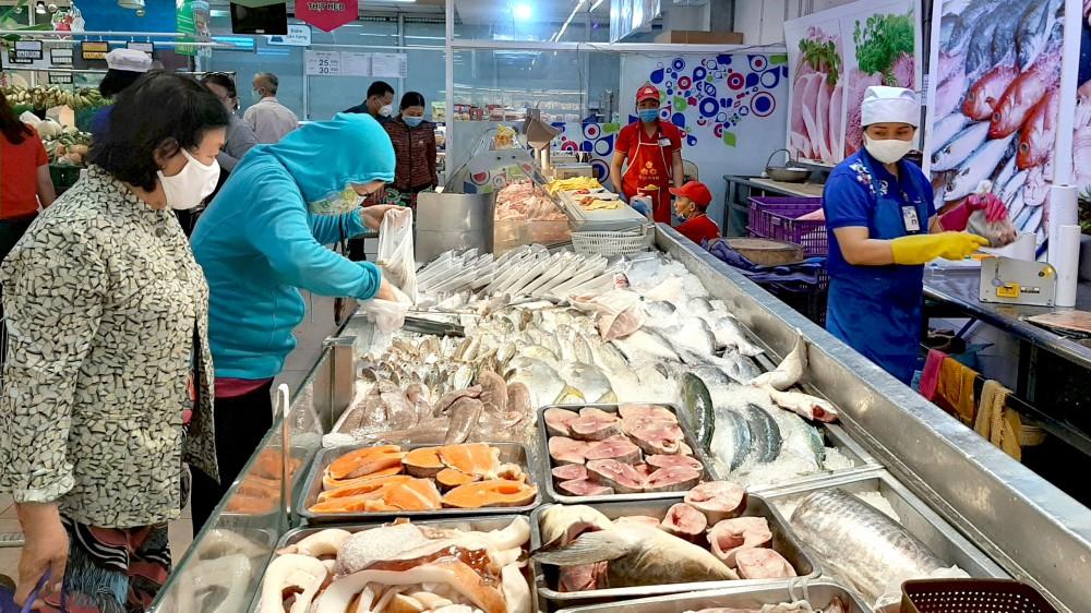 Hệ thống siêu thị của Saigon Co.op vẫn hoạt động bình thường, hàng hóa dồi dào