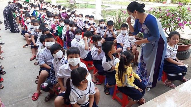 TP.HCM cho học sinh tiếp tục nghỉ học đến ngày 3.5.2020