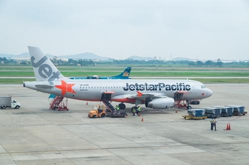 Jetstar Pacific miễn cước phí hành lý ký gửi cho khách đi máy bay