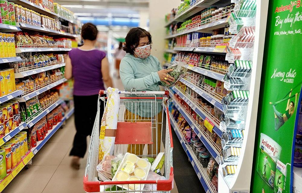 Hệ thống siêu thị Co.opmart trữ sẵn hàng hóa và cảnh giác cao với dịch Covid-19