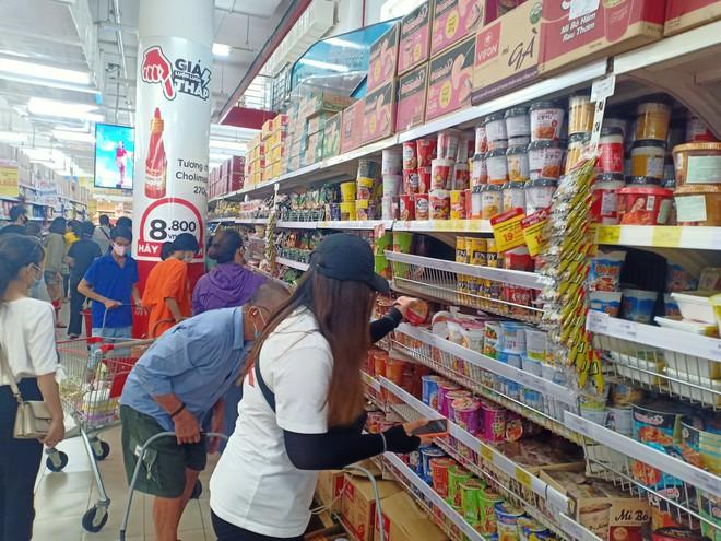 Chợ, siêu thị vẫn mở cửa hoạt động bình thường, người dân Đà Nẵng không nên tích trữ!