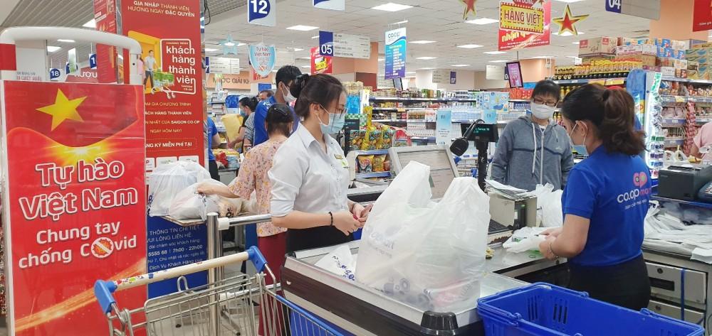 Siêu thị Co.opmart và Co.opXtra giảm giá nhu yếu phẩm 21 ngày liên tục, chia sẻ áp lực chi tiêu với người tiêu dùng