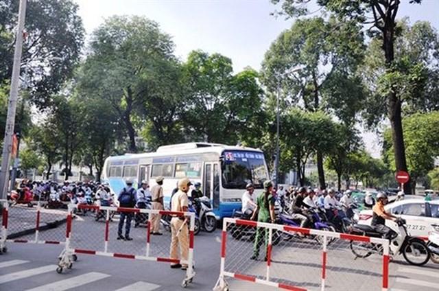 TP.HCM cấm xe hàng loạt tuyến đường trong 2 ngày cuối tuần