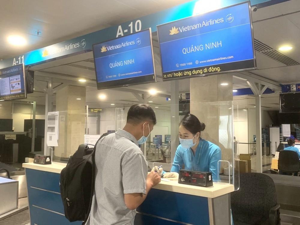 Khôi phục đường bay giữa TP Hồ Chí Minh và Vân Đồn