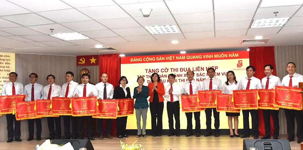 Saigon Co.op vượt khó hoàn thành 8 mục tiêu kinh tế chính trị quan trọng năm 2020