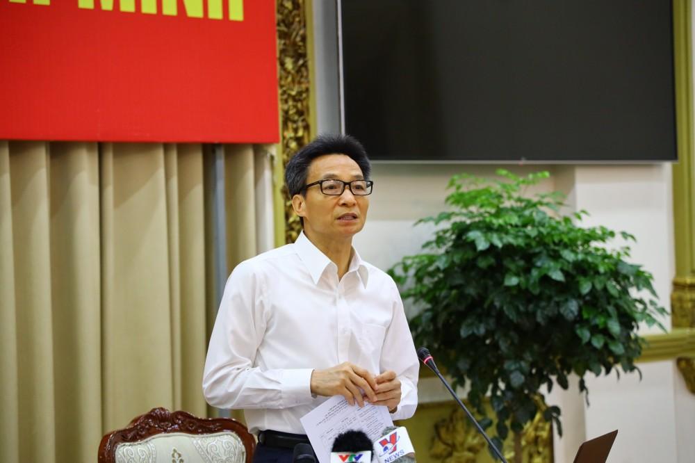 Phó Thủ tướng Vũ Đức Đam yêu cầu TP.HCM xử lý nghiêm các trường hợp không đeo khẩu trang nơi công cộng