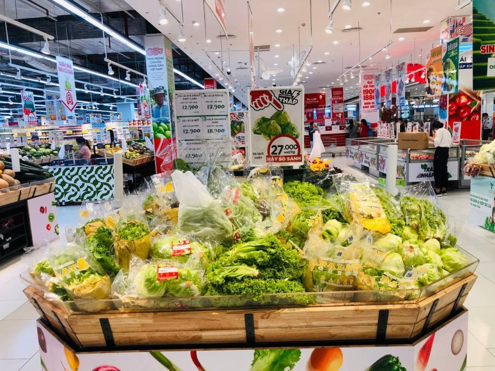 Hàng hóa tại siêu thị GO!, Big C, Tops Market ở TP.HCM giá ổn định, lượng hàng tăng gấp 3