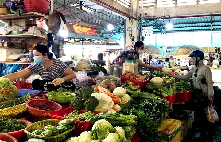 Chợ truyền thống tại TP.HCM được hoạt động trở lại trong điều kiện đảm bảo an toàn với dịch bệnh