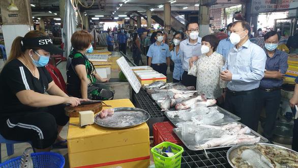 Tổ công tác đặc biệt Bộ Công Thương kiểm tra các chợ truyền thống tại TP.HCM